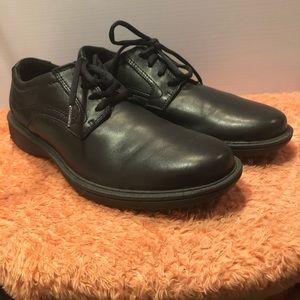 Clarks Slip Resistant Men's Loafers Black Size 8